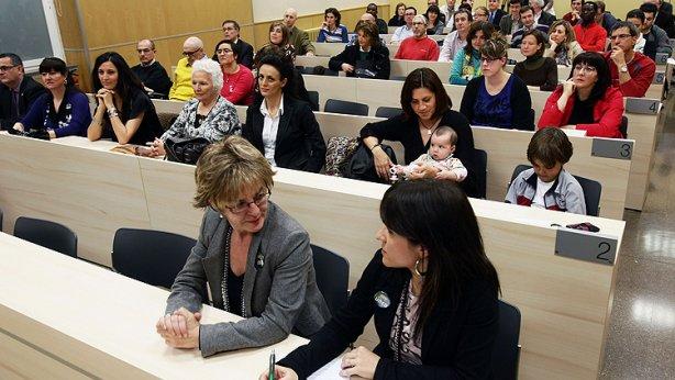 La Universidad Nacional de Eseñanza a Distancia UNED convoca el curso de acceso a la universidad para mayores de 25 años para inmigrantes en Aragon del ejercicio 2011