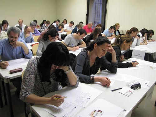 La Universidad de Extremadura ha presentado la convocatoria de la prueba de Acceso a la Universidad para mayores de 25 años, nmayores de 40 y para mayores de 45 años del ejercicio 2011
