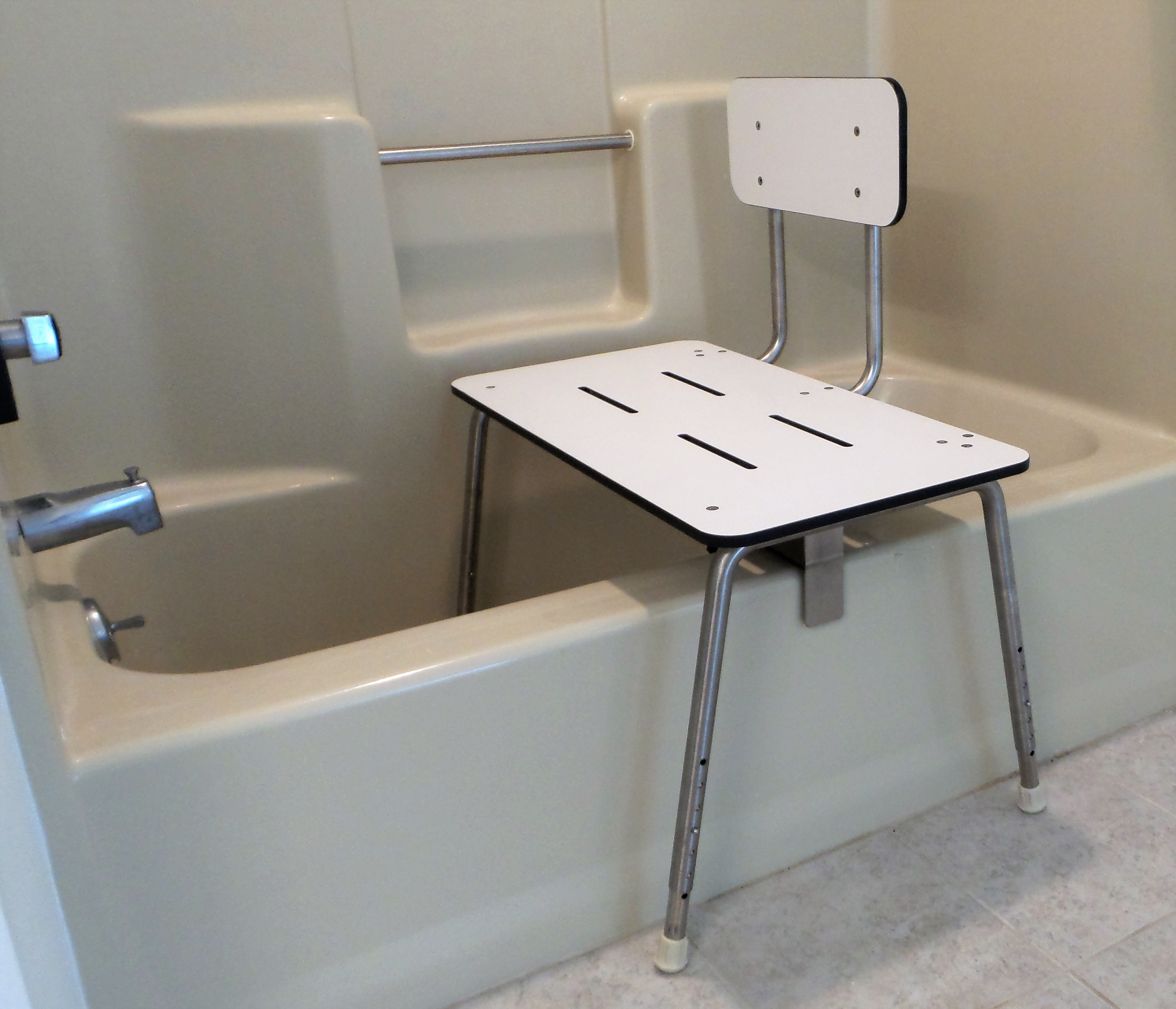 Portable Tub Shower Transfer Bench Sh 425 Access Able