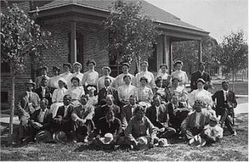 School employees at Albuquerque Indian School