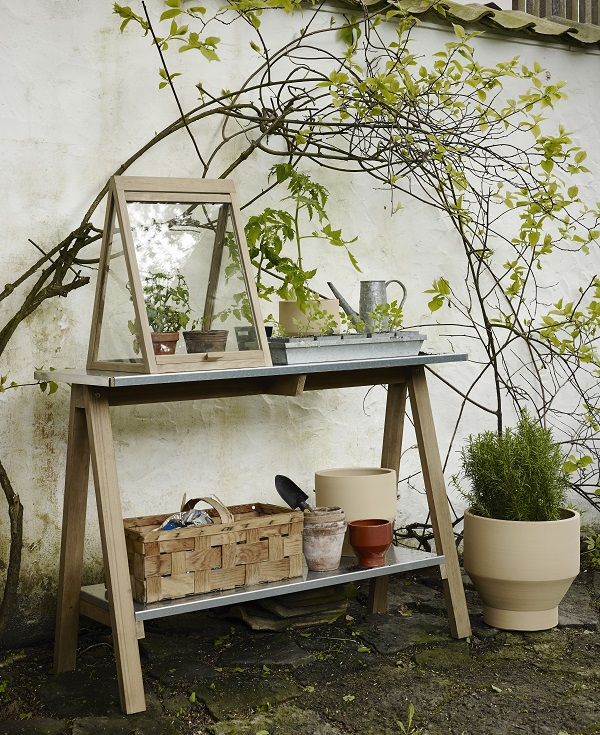 Outdoor pottery and furniture by Skagerak