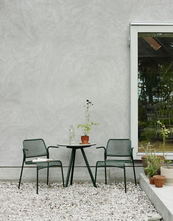 Tuinset van groen gepoedercoat staal van Skagerak - via Accessorize your Home