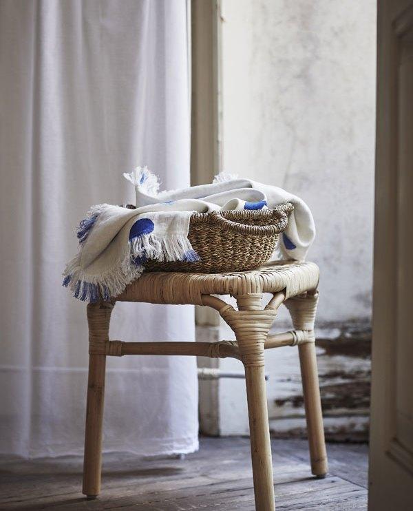 Tankvard rotan kruk met mand van zeegras - via Accessorize your Home