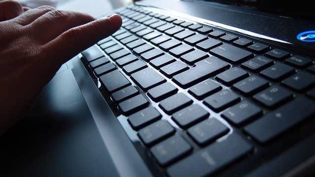 You are currently viewing कंप्यूटर कीबोर्ड के बटन की जानकारी – Best Guide 2021
