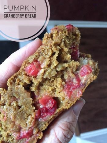 low-calorie-pumpkin-cranberry-bread
