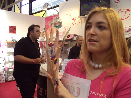 Extreme nailart - Unghie ricostruite, manicure estrema - Cosmoprof Worldwide Bologna 2011