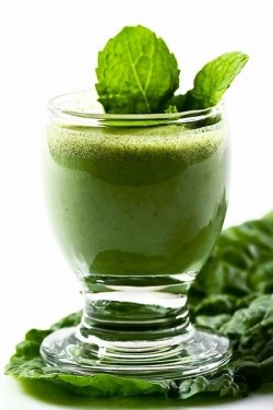 Green and Glowing Smoothie