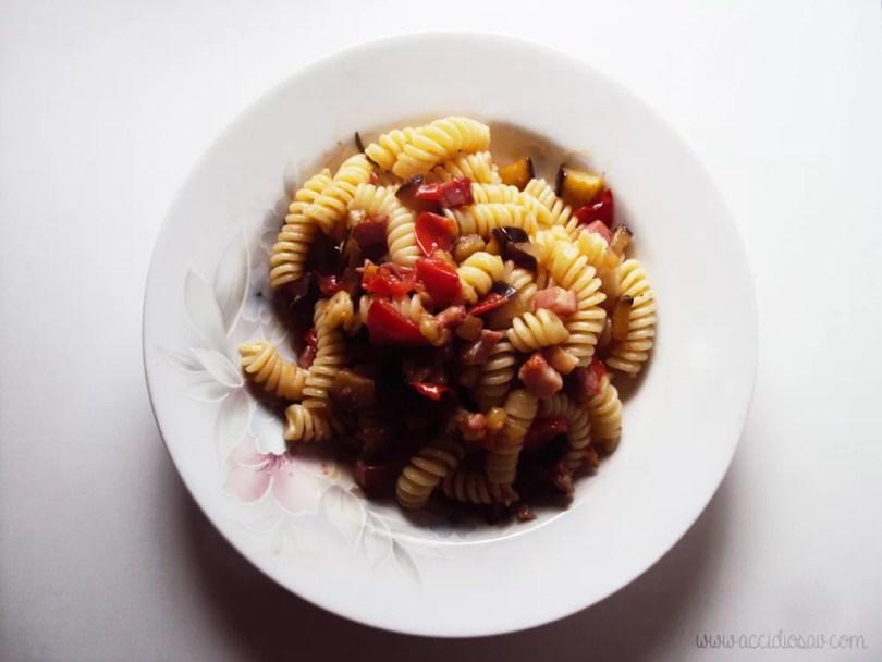 pasta amatriciana con melanzane ricetta accidiosav