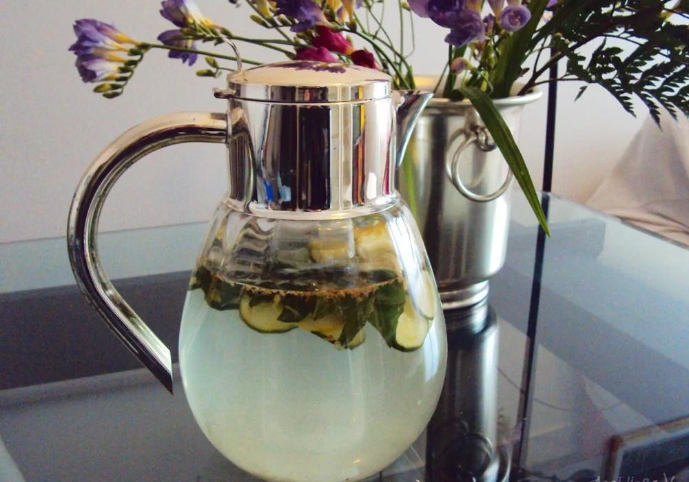 Ricetta acqua detox con limone, cetriolo, basilico e zenzero | AccidiosaV
