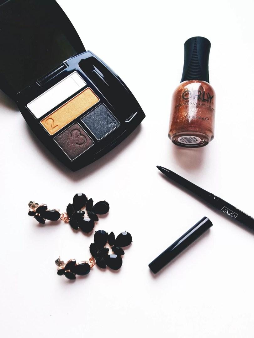 Avon True Colour Eyeshadow Quad in Metal Eyes - Recensione e ispirazioni trucco