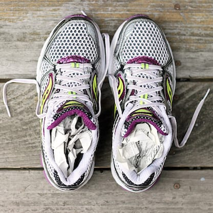 The Best Way to Dry Wet Running Shoes | ATE