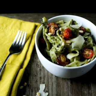 Simple Superfood Pesto Pasta