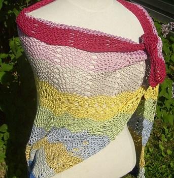 Bubblegum shawl, crochet
