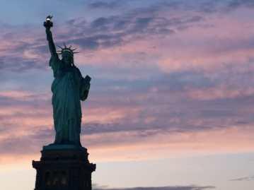 agenzia viaggi cremona statua della liberta