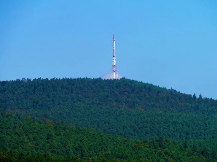 Image result for Émetteur de l'Eselsberg images