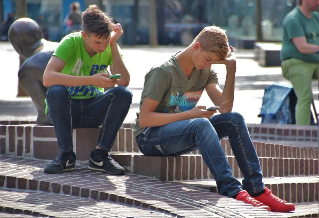 Nem presente, nem futuro: Tendências mundiais do emprego jovem