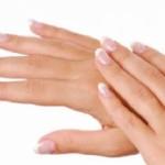 Hidratarse las manos con Aceite de Coco Virgen