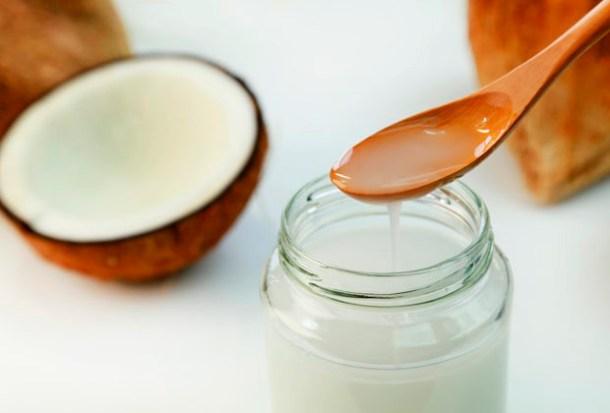 Principales Beneficios Dentífricos del Aceite de Coco