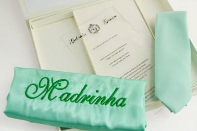 presente para padrinhos caixa com robe e gravata