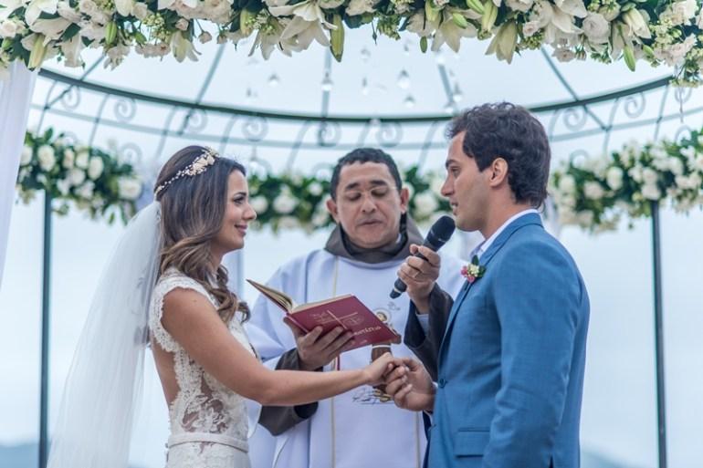 Casamento na praia de Paloma Tocci