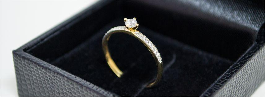 Pedido de Casamento - Anel de Noivado