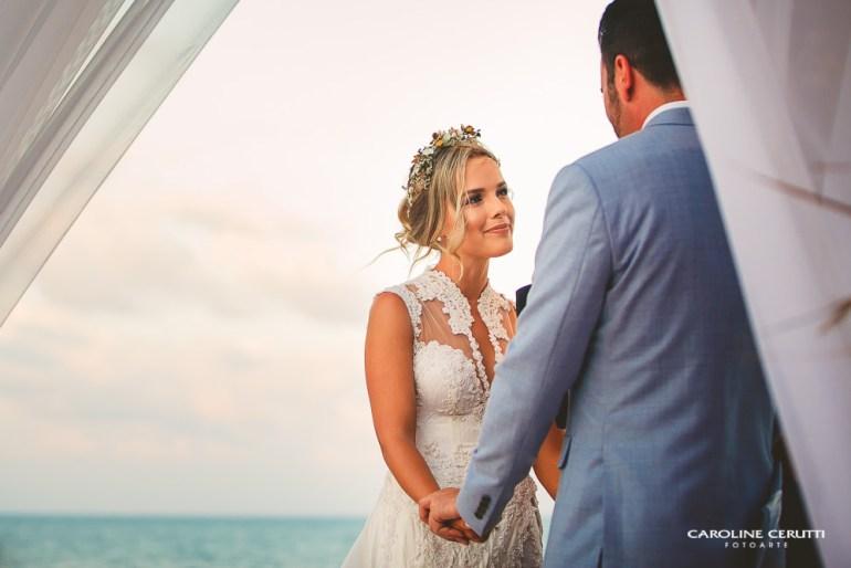 Casamento na Praia Thaeme e Fábio