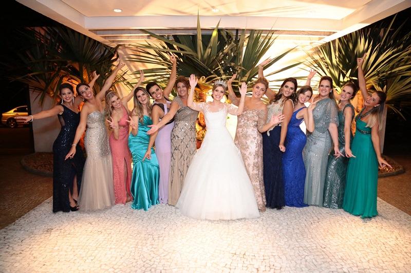 Madrinhas de Casamento com vestidos de cores diferentes