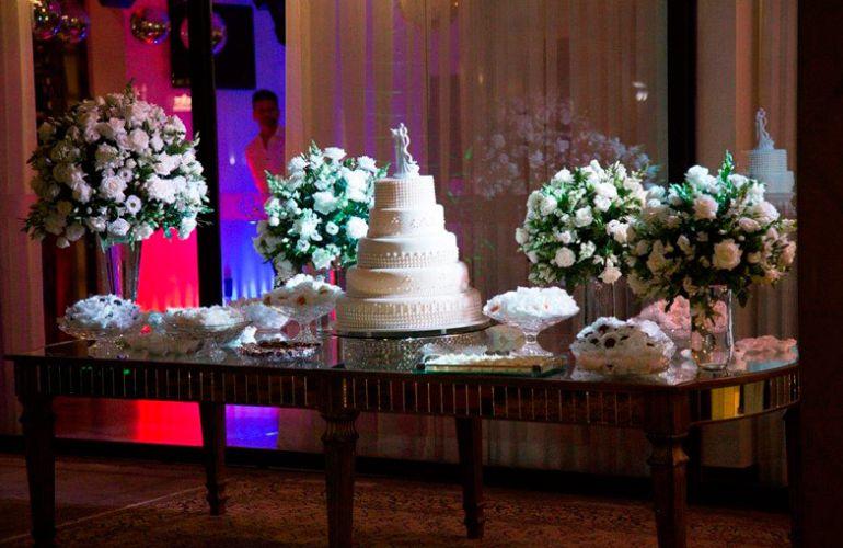 Decoração de Casamento Clássico no Restaurante