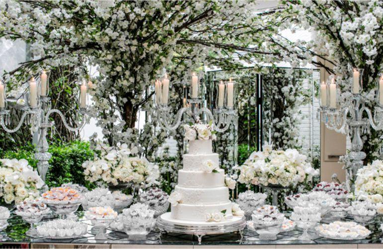 Decoração de Casamento Branca