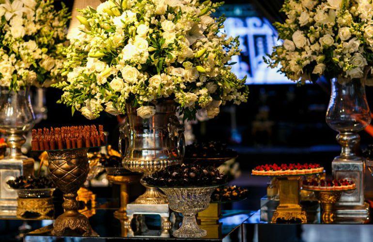 Decoração de Casamento preto e Dourado