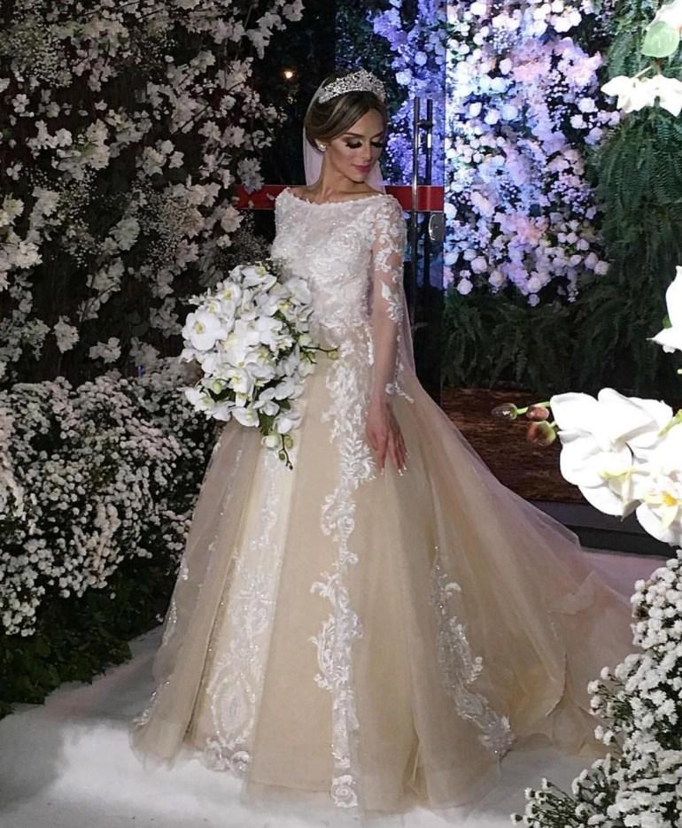 Vestido de noiva com forro