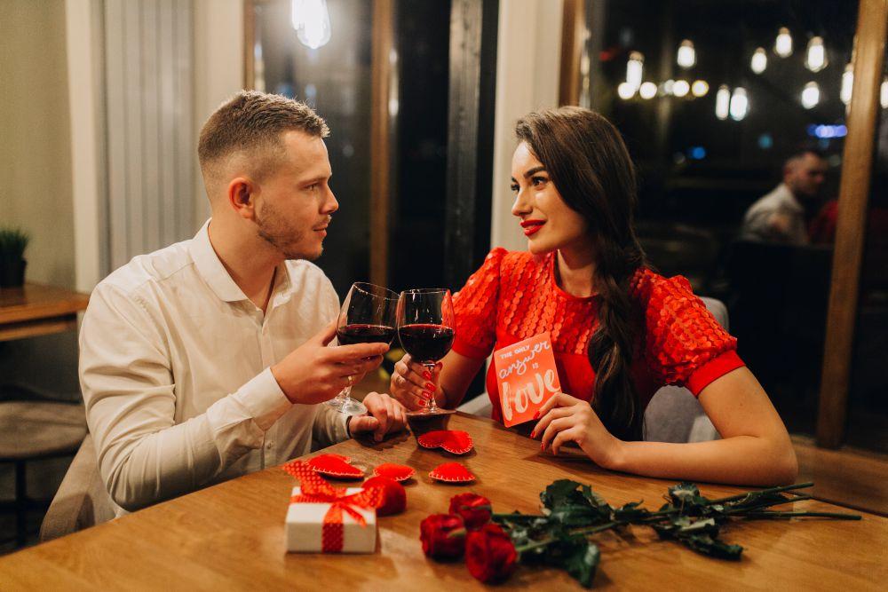 Presentes e mensagens para jantar do dia dos namorados