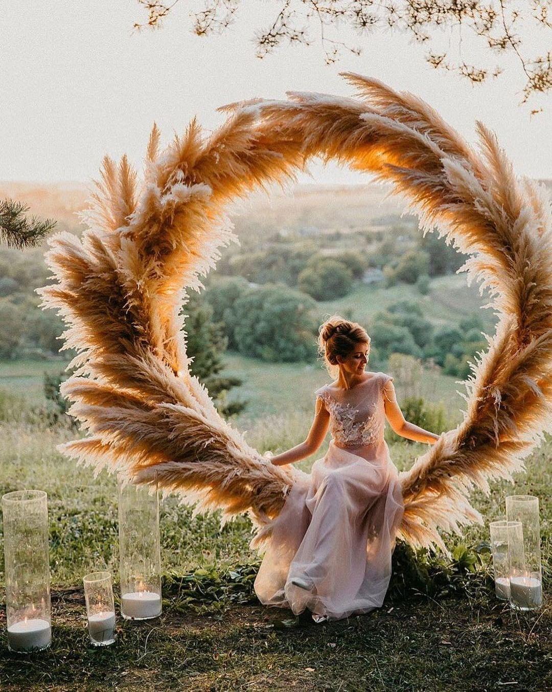 Decoração de casamento com capim dos pampas