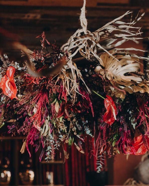 Decoração de casamento com folhas secas - Por: Decoração de Casamento com Folhas Secas - Por: Museu De Grandes Novidades