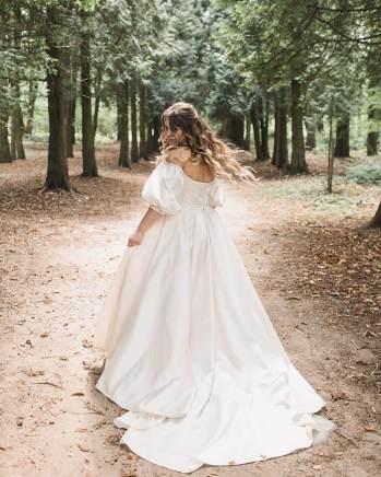 Vestido de noiva com manga bufante