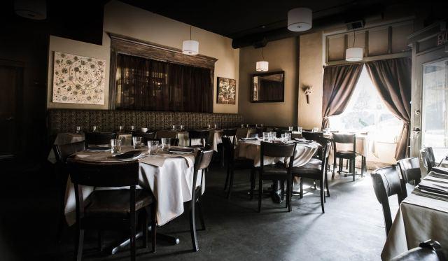 a Cena dining room