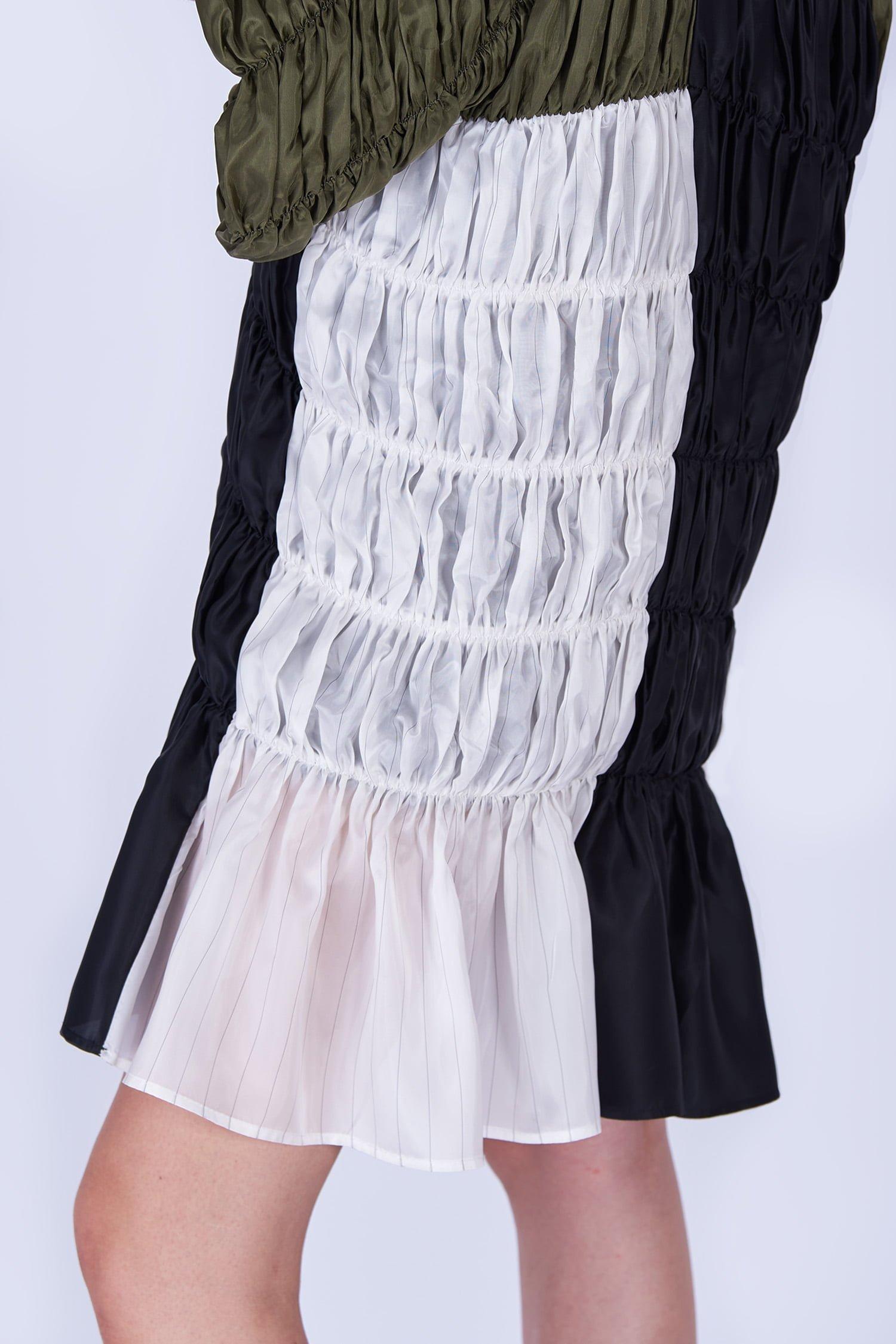 Acephala Fw19 20 Green Black White Gathered Dress Sukienka Marszczona Zielona Biala Czarna Marszczona Detail 1