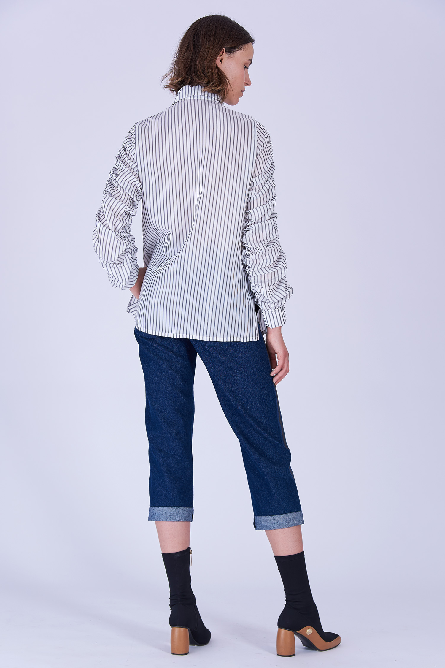 Acephala Fw19 20 White Striped Buttoned Shirt Biala Koszula Paski Back 1