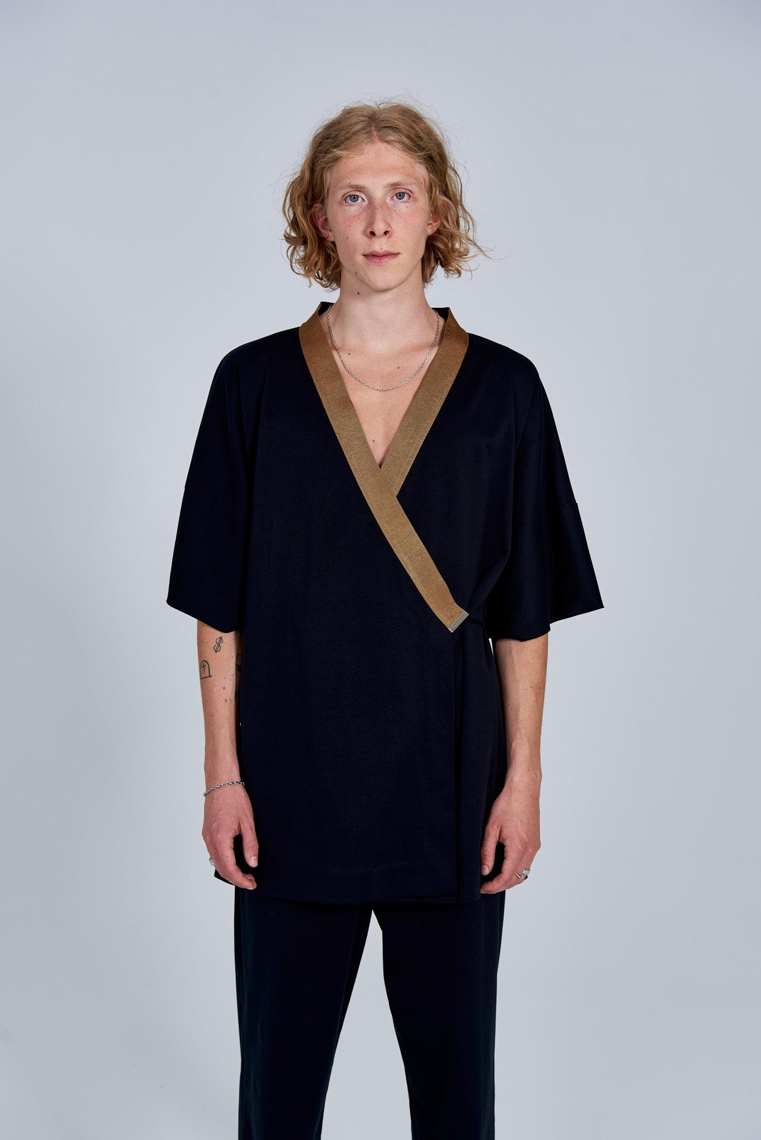 Acephala Fw 2020 21 Black Unisex Kimono With Back Embroidery Front Quarter Detail Him