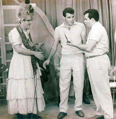 F 02 - Alfredo Raymundo - Chacrinha, Gerson e Alfredo  Raimundo