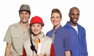 4 Factors To Consider for Selecting the Right Employee Uniforms for Your Team