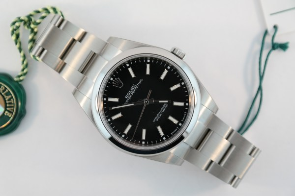 Rolex Oyster Perpetual 114300 Black Dial
