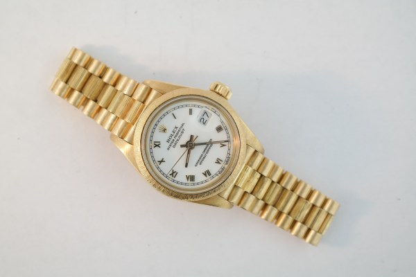 Ladies Rolex Datejust 6927 President 18K Yellow Gold Barked Bezel & Band White Roman Dial