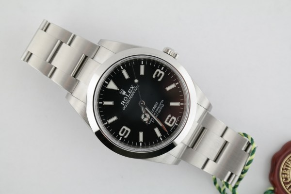 Men's Rolex Explorer 214270 Black Dial 39mm Oyster Band Box & Papers 2018