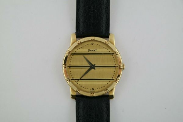 Ladies Piaget Dancer 84023 18K Yellow Gold Quartz 31mm Leather Strap