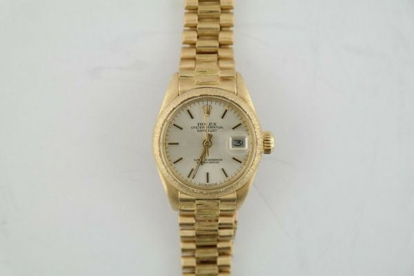 Ladies Rolex Datejust 6927 Light Champagne Dial Barked President Band