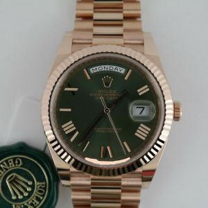 Rolex Day-Date 40 228235 Olive Green Roman Dial President Everose Gold