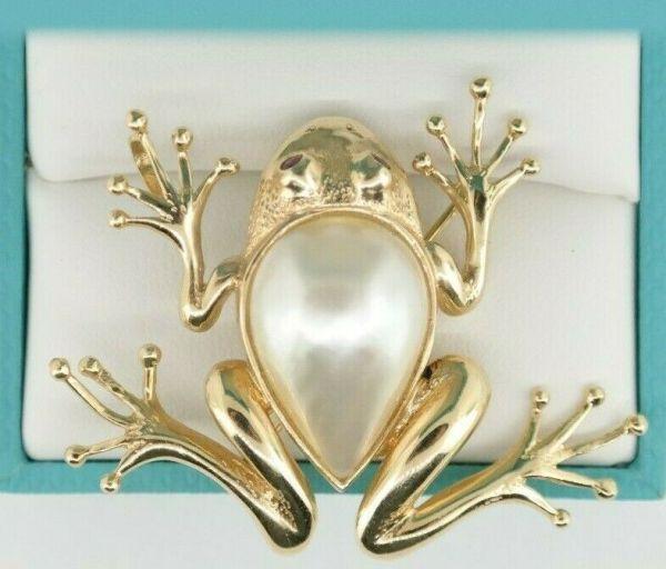 14K Frog Pin / Pendant Mave Pearl Body Ruby Eyes