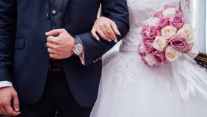 Comment facilement combler de bonheur de jeunes mariés ?