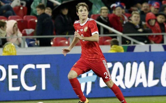 Lateral Mario Fernandes vem sendo destaque da seleção russa